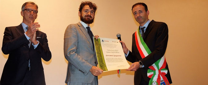 """The President of Renco, Mr. Giovanni Gasparini, received the """"Enrico Mattei"""" award from the municipality of Acqualagna."""